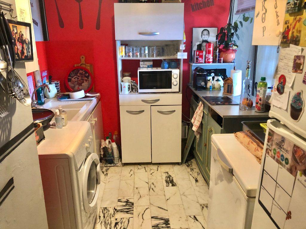 Appartement à vendre 2 58m2 à Saint-Mandrier-sur-Mer vignette-5