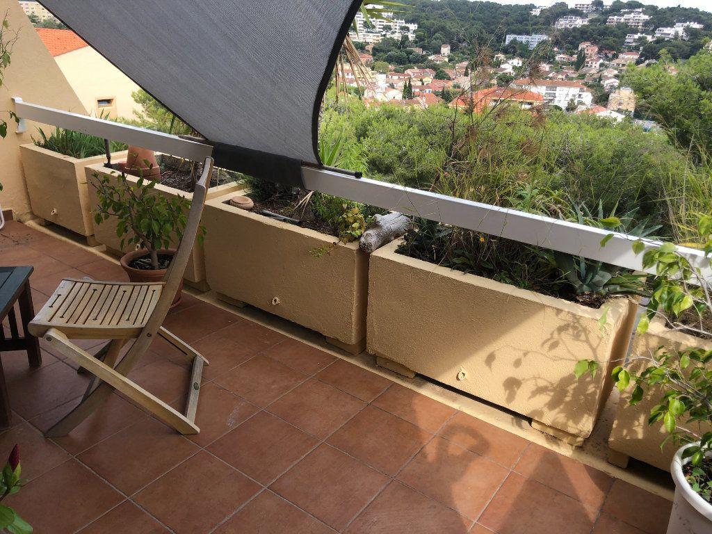 Appartement à vendre 2 62m2 à Saint-Mandrier-sur-Mer vignette-2