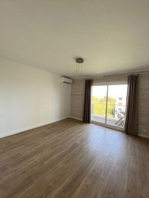 Appartement à louer 3 58m2 à La Seyne-sur-Mer vignette-1