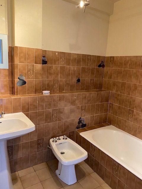 Appartement à louer 2 42.66m2 à La Seyne-sur-Mer vignette-5
