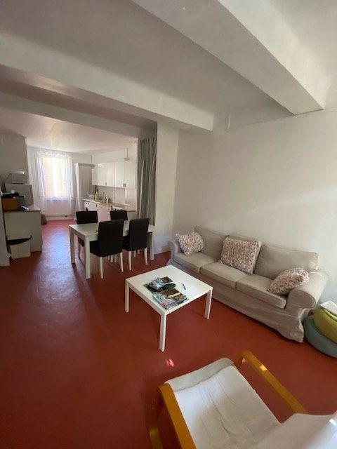 Appartement à louer 2 51m2 à La Seyne-sur-Mer vignette-1