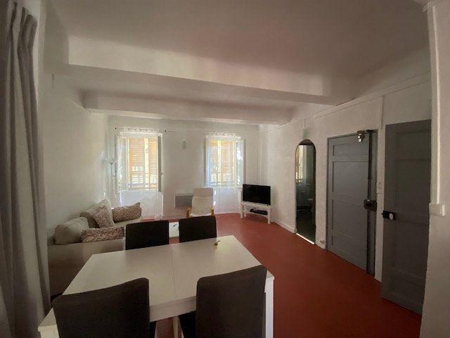 Appartement à louer 2 51m2 à La Seyne-sur-Mer vignette-4
