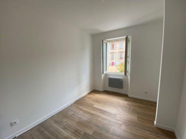 Appartement à louer 2 48.83m2 à Toulon vignette-5