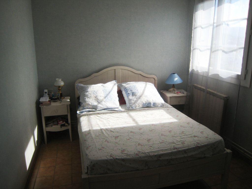 Appartement à vendre 4 80m2 à Toulon vignette-5