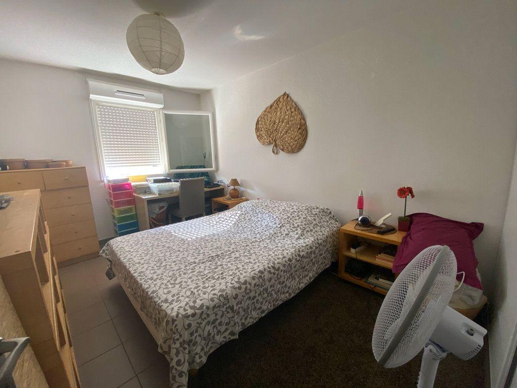 Appartement à vendre 3 71m2 à La Seyne-sur-Mer vignette-5