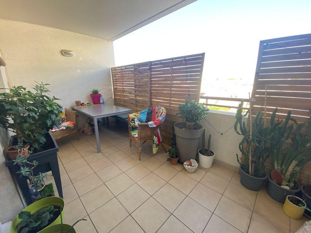 Appartement à vendre 3 71m2 à La Seyne-sur-Mer vignette-8