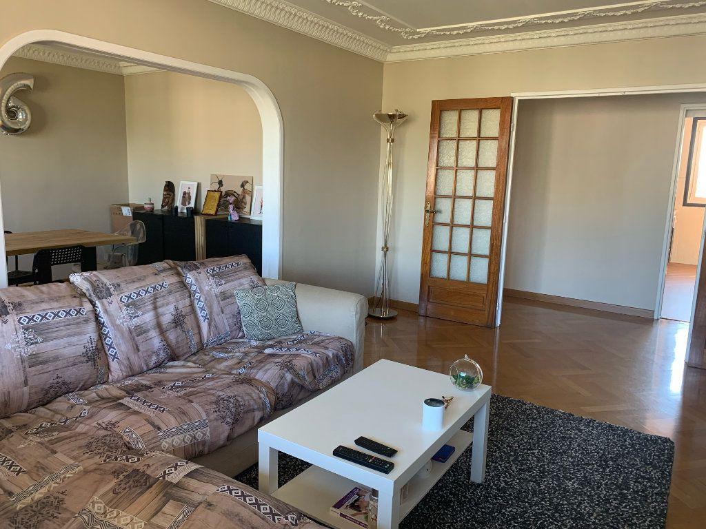 Appartement à louer 5 101.79m2 à Toulon vignette-1