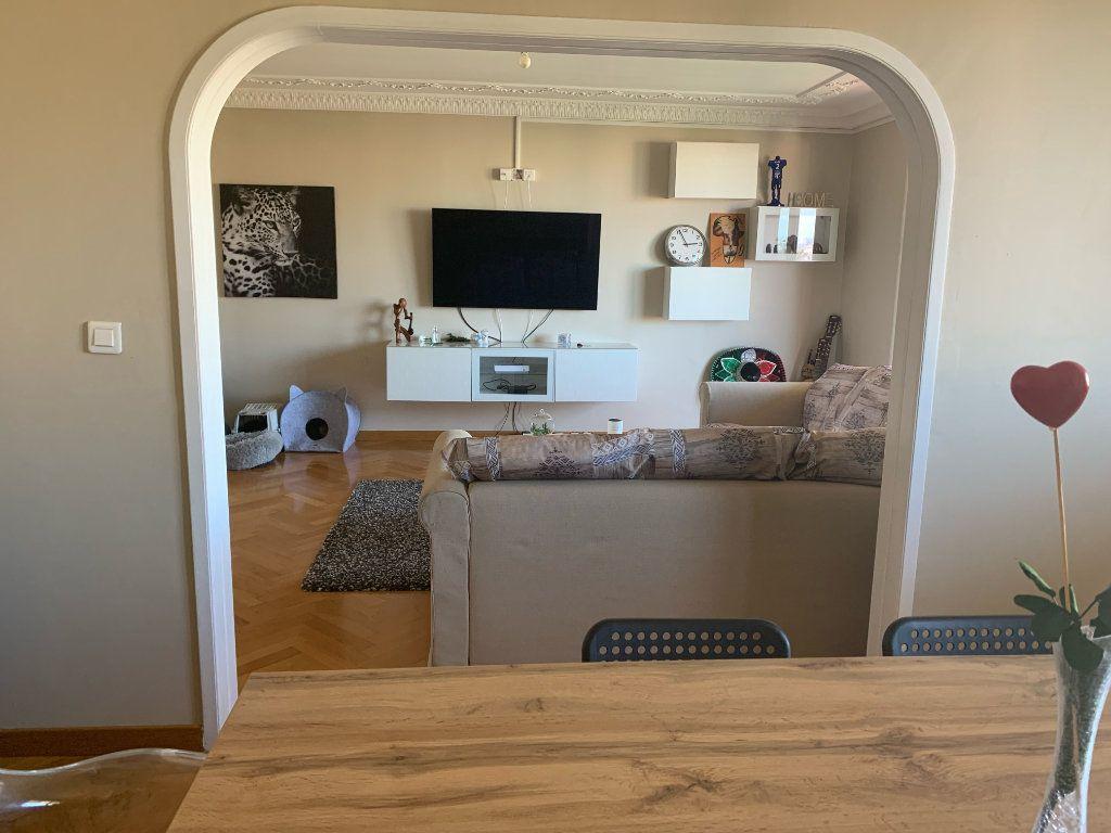 Appartement à louer 5 101.79m2 à Toulon vignette-4