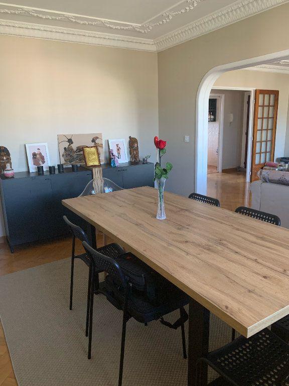 Appartement à louer 5 101.79m2 à Toulon vignette-5