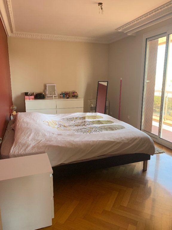 Appartement à louer 5 101.79m2 à Toulon vignette-7