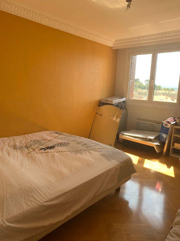 Appartement à louer 5 101.79m2 à Toulon vignette-8