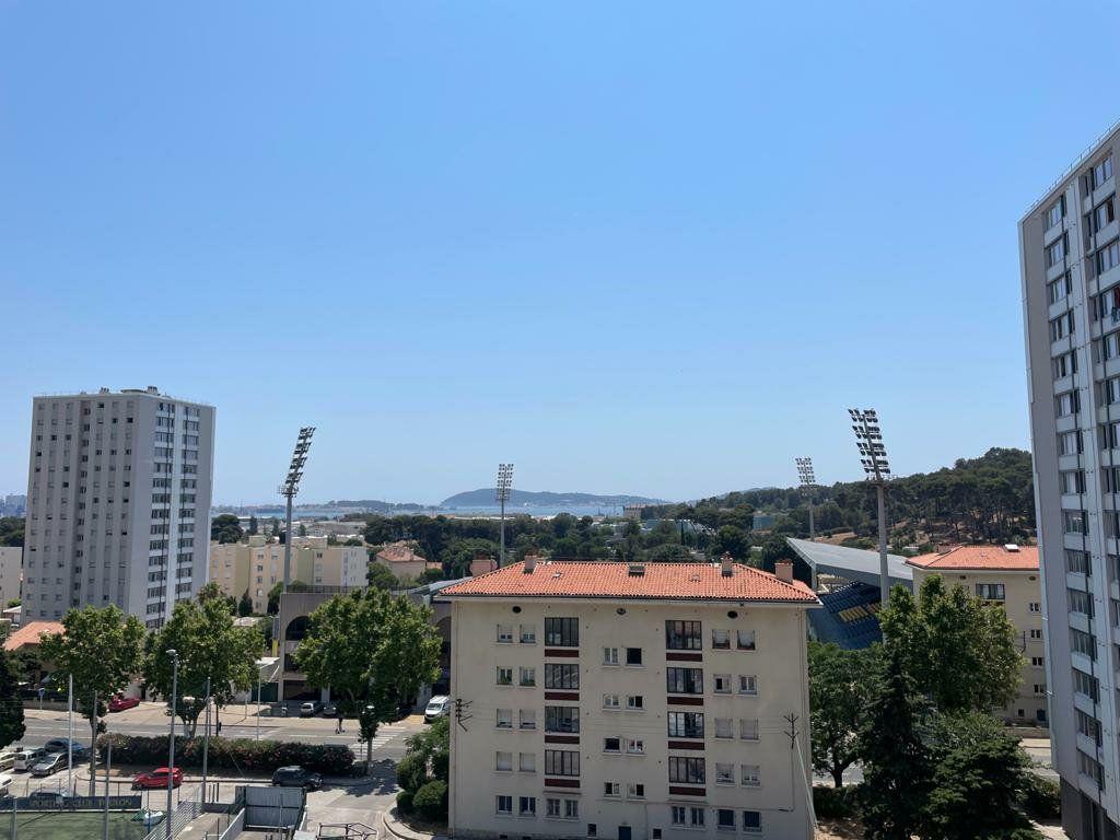 Appartement à louer 5 101.79m2 à Toulon vignette-11