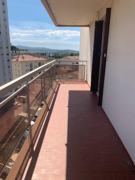 Appartement à louer 5 101.79m2 à Toulon vignette-13