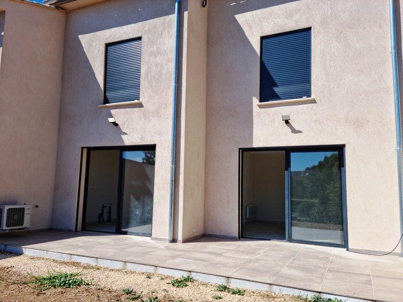 Maison à vendre 5 114m2 à Sanary-sur-Mer vignette-5