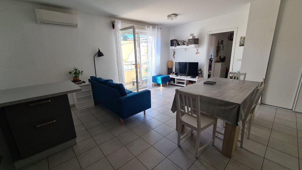 Appartement à vendre 4 78m2 à La Seyne-sur-Mer vignette-3