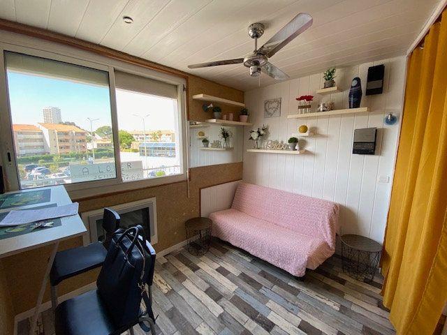 Appartement à louer 1 16.61m2 à La Seyne-sur-Mer vignette-1