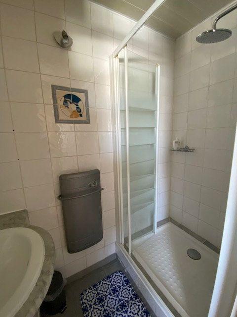 Appartement à louer 1 16.61m2 à La Seyne-sur-Mer vignette-5