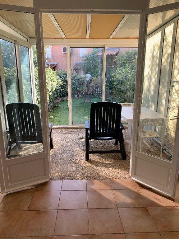Maison à louer 2 31.85m2 à Sanary-sur-Mer vignette-6