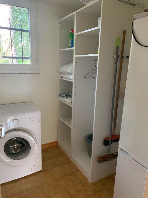 Maison à louer 2 31.85m2 à Sanary-sur-Mer vignette-8