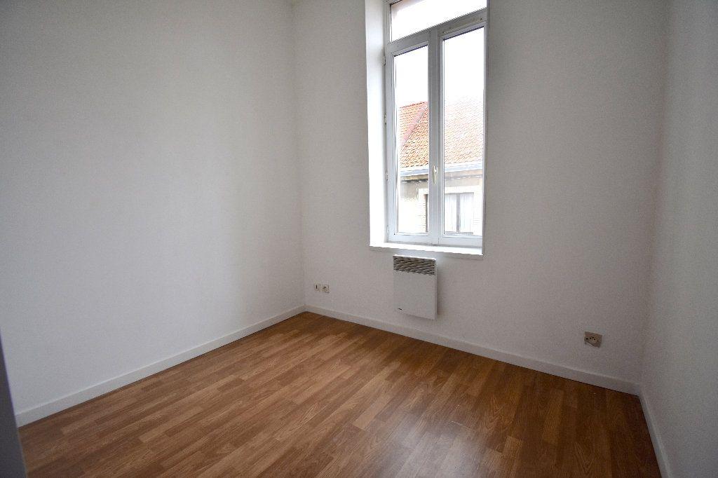 Appartement à louer 3 65m2 à Calais vignette-6