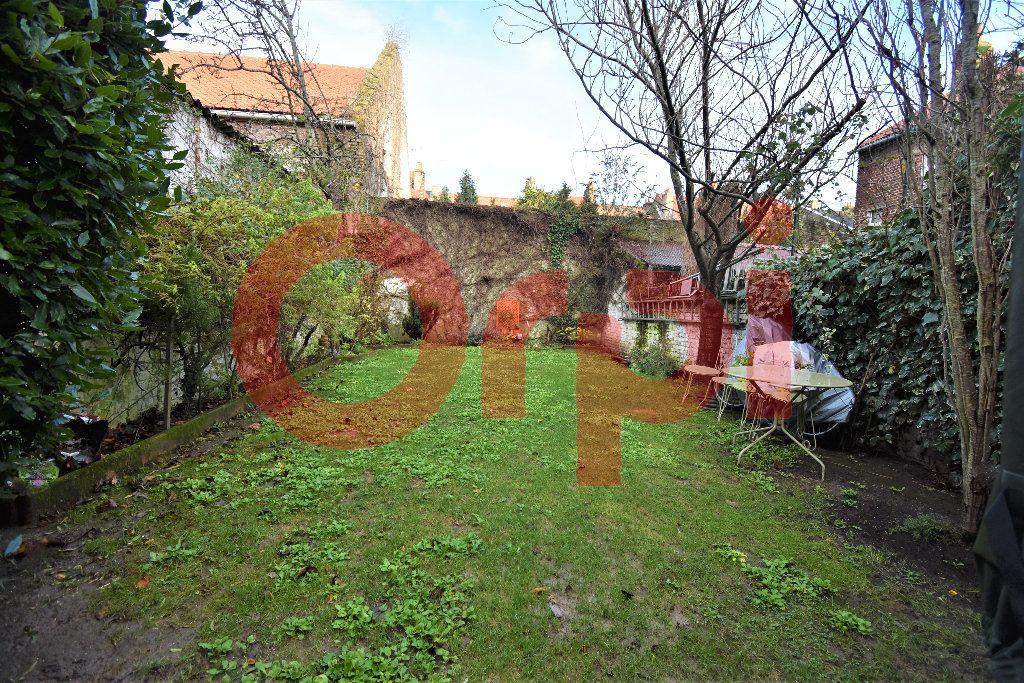 Maison à vendre 5 155m2 à Calais vignette-6