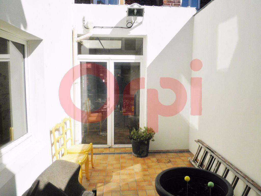 Maison à vendre 4 140m2 à Calais vignette-5