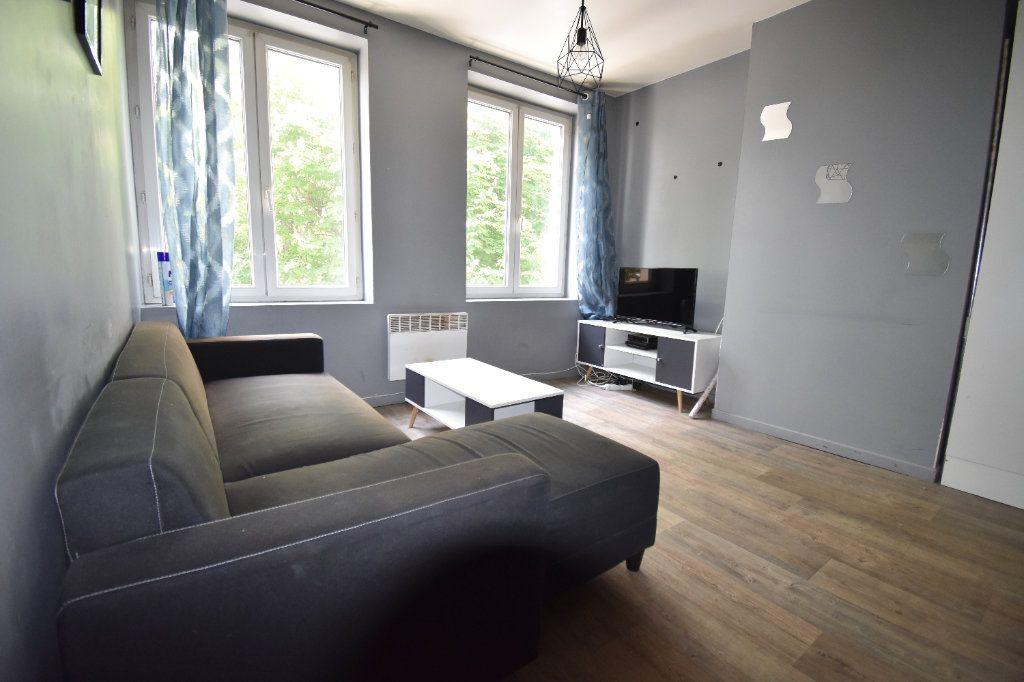 Appartement à louer 2 31m2 à Calais vignette-1