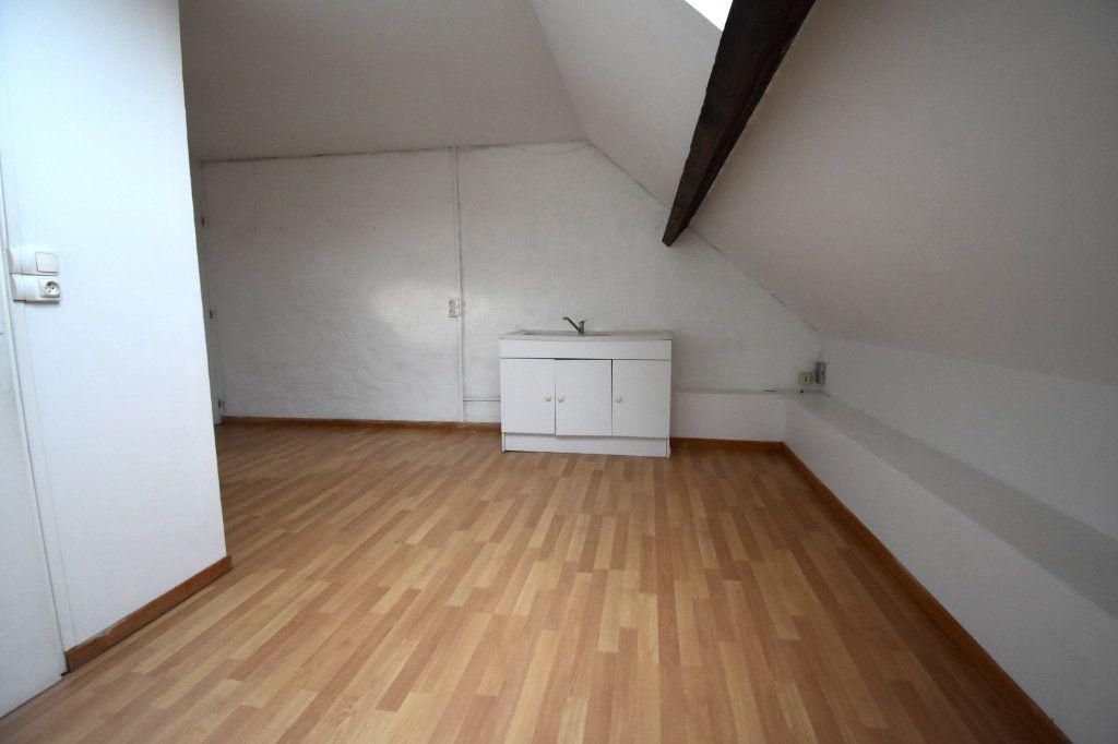 Appartement à louer 1 33.51m2 à Calais vignette-3