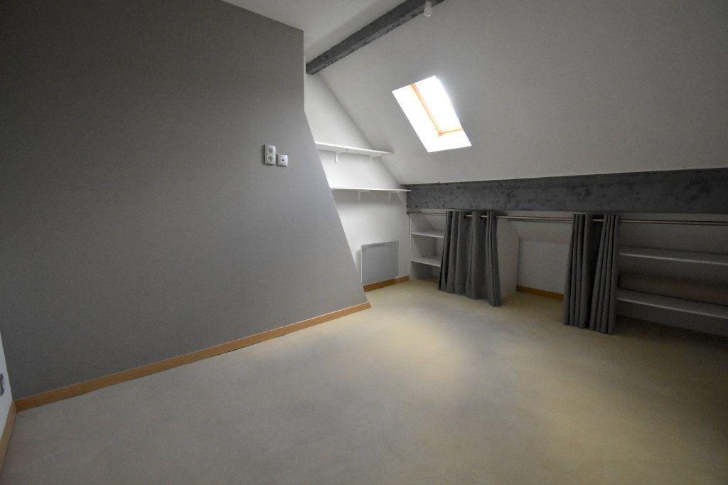 Appartement à louer 3 51.8m2 à Calais vignette-5