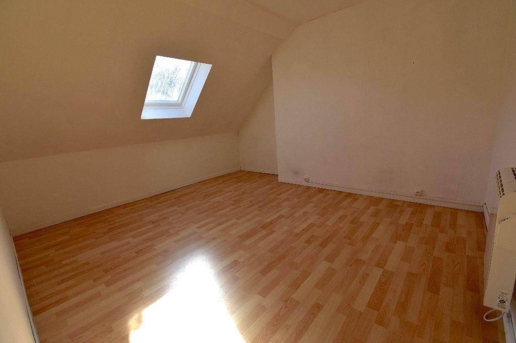 Appartement à louer 3 72m2 à Calais vignette-5