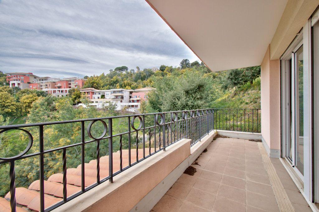 Appartement à vendre 3 84.12m2 à Mandelieu-la-Napoule vignette-9