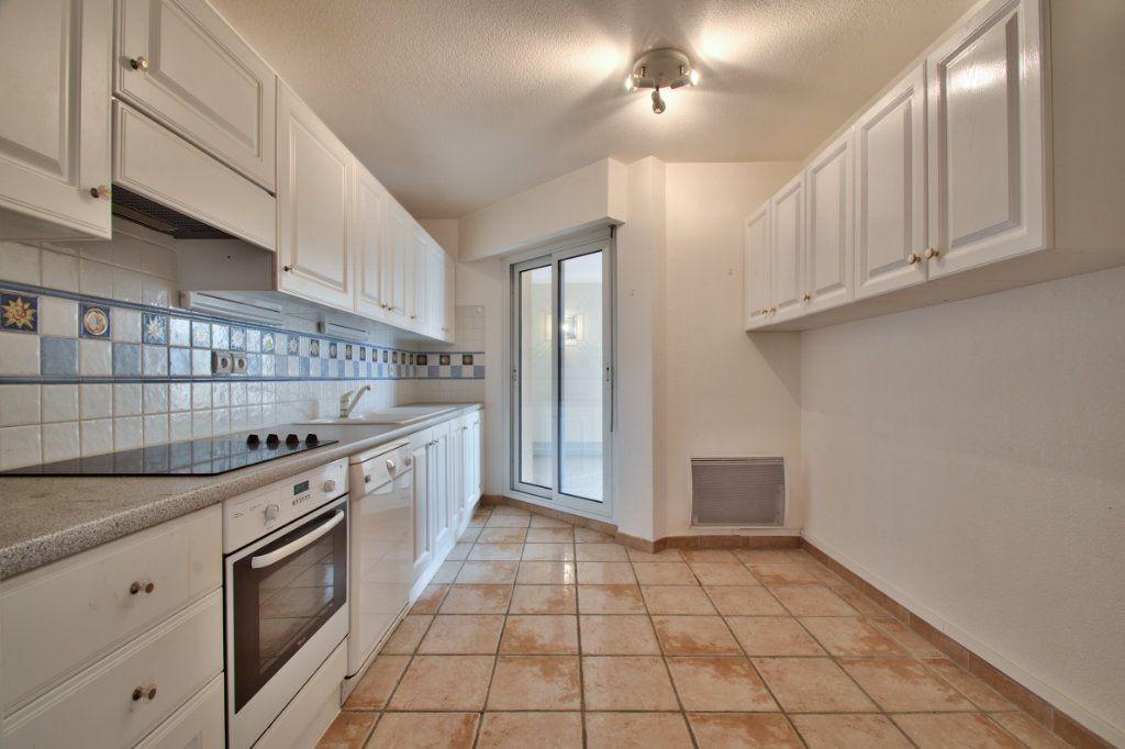 Appartement à vendre 3 84.12m2 à Mandelieu-la-Napoule vignette-11