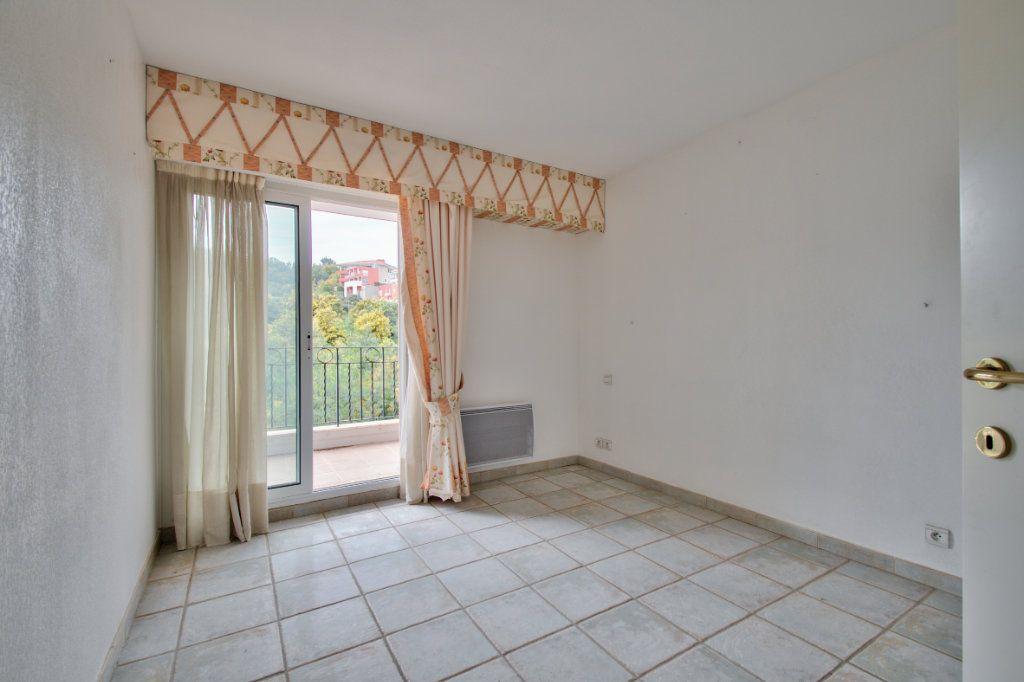 Appartement à vendre 3 84.12m2 à Mandelieu-la-Napoule vignette-12