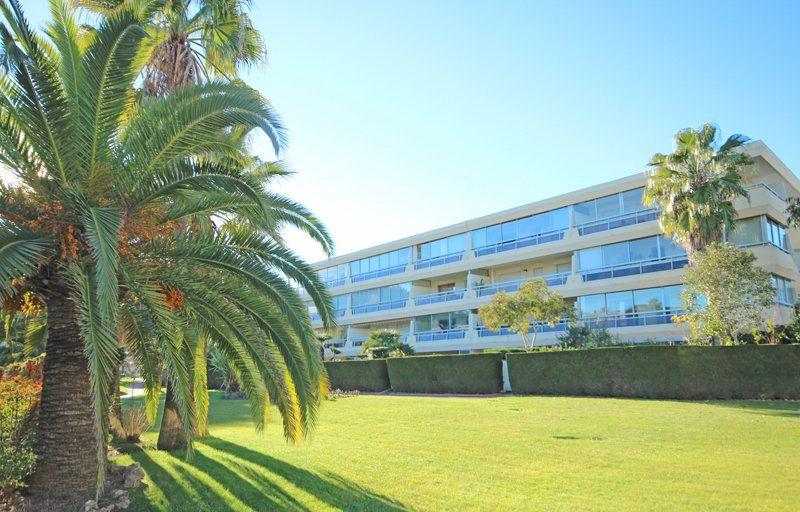 Appartement à vendre 2 46.44m2 à Mandelieu-la-Napoule vignette-12