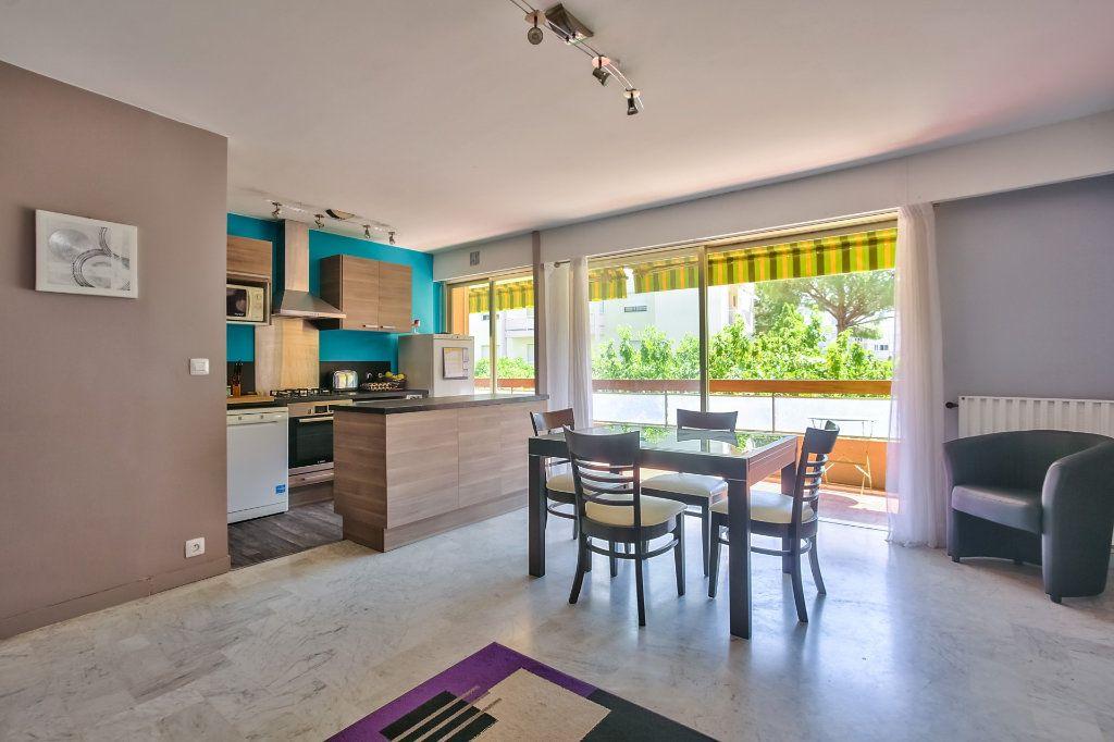 Appartement à vendre 4 77.87m2 à Mandelieu-la-Napoule vignette-2