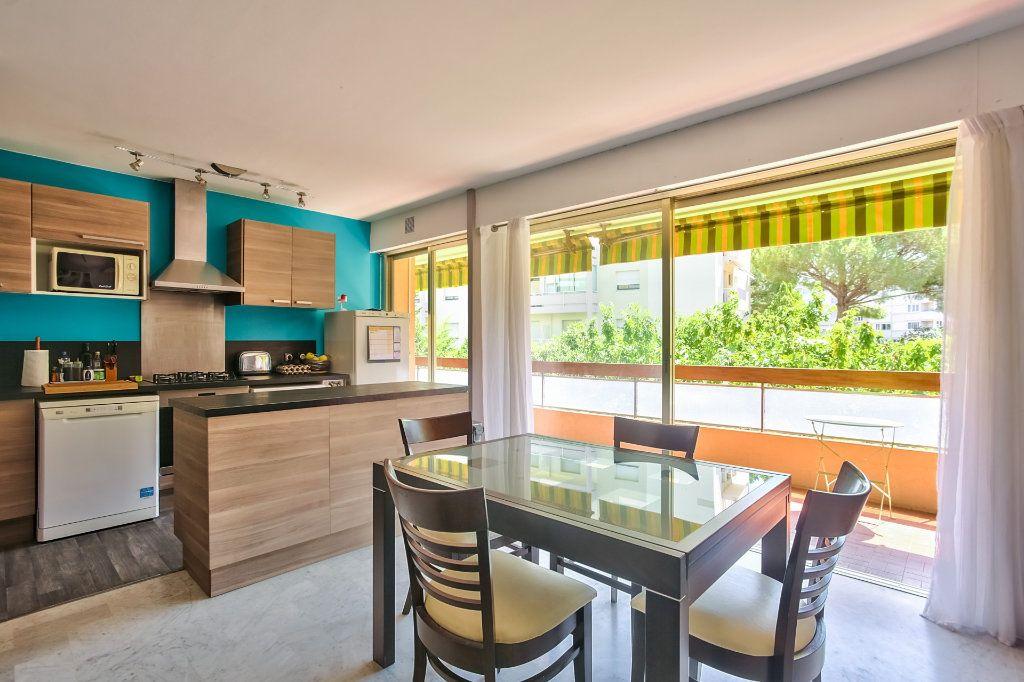 Appartement à vendre 4 77.87m2 à Mandelieu-la-Napoule vignette-4