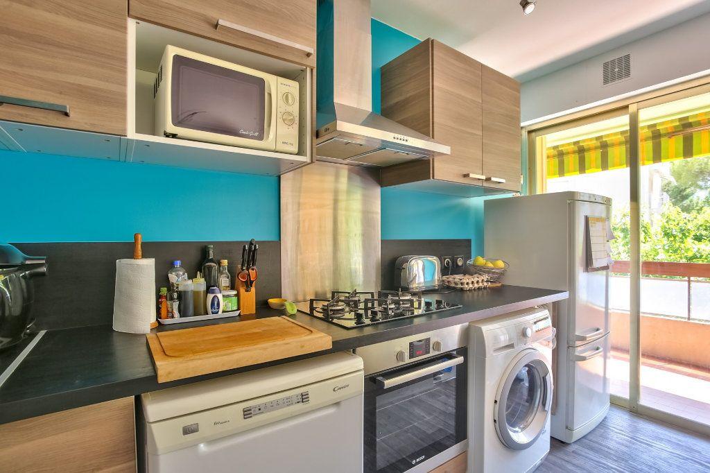Appartement à vendre 4 77.87m2 à Mandelieu-la-Napoule vignette-6