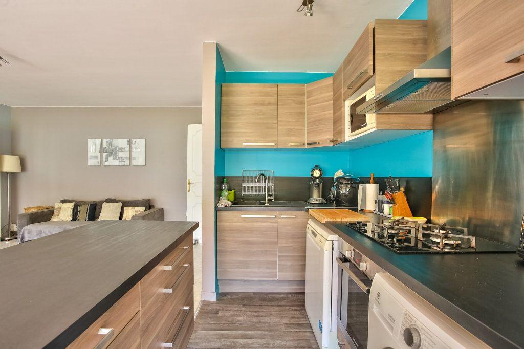 Appartement à vendre 4 77.87m2 à Mandelieu-la-Napoule vignette-7