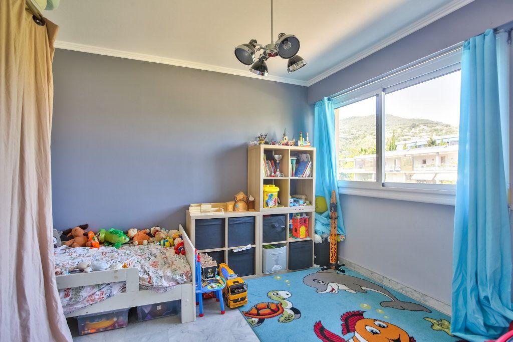 Appartement à vendre 4 77.87m2 à Mandelieu-la-Napoule vignette-9