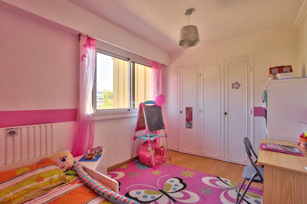 Appartement à vendre 4 77.87m2 à Mandelieu-la-Napoule vignette-10