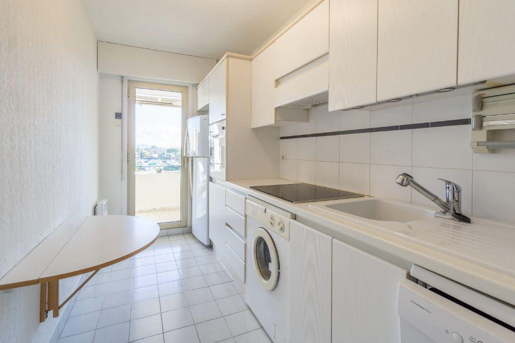 Appartement à louer 3 73.04m2 à Mandelieu-la-Napoule vignette-8