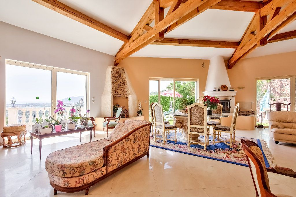 Maison à vendre 6 240m2 à Mandelieu-la-Napoule vignette-9