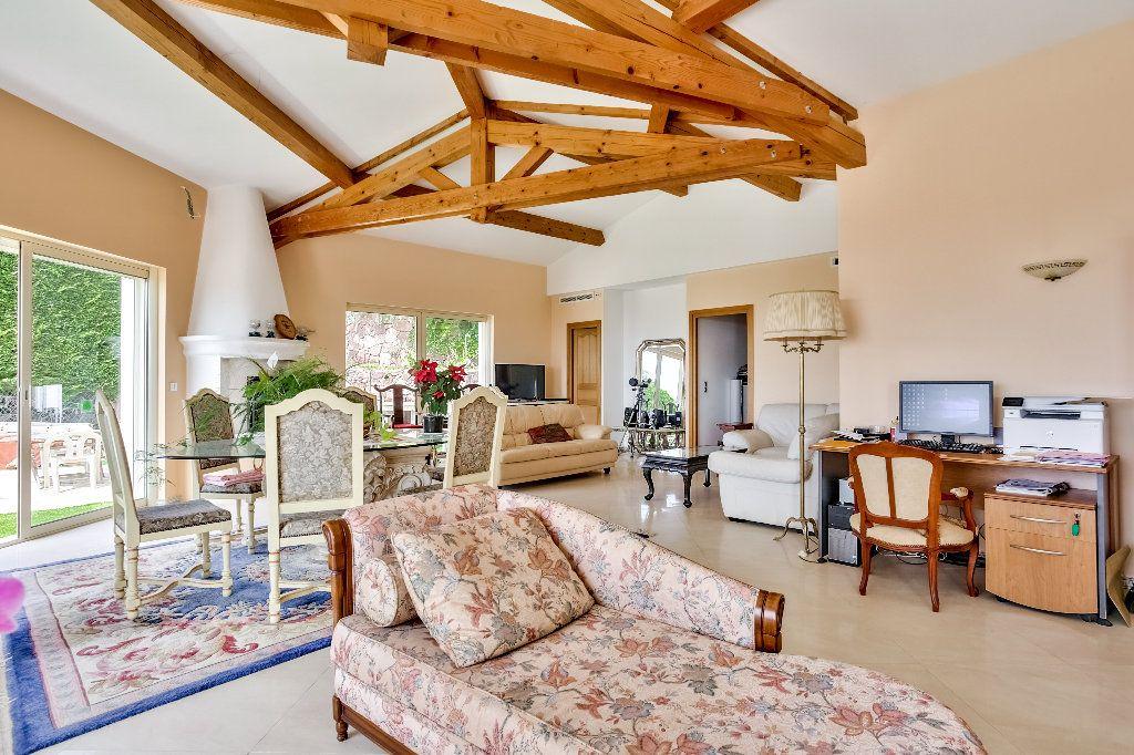 Maison à vendre 6 240m2 à Mandelieu-la-Napoule vignette-10