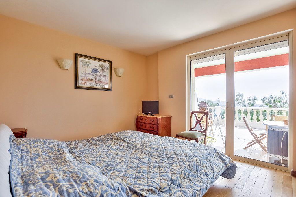 Maison à vendre 6 240m2 à Mandelieu-la-Napoule vignette-11