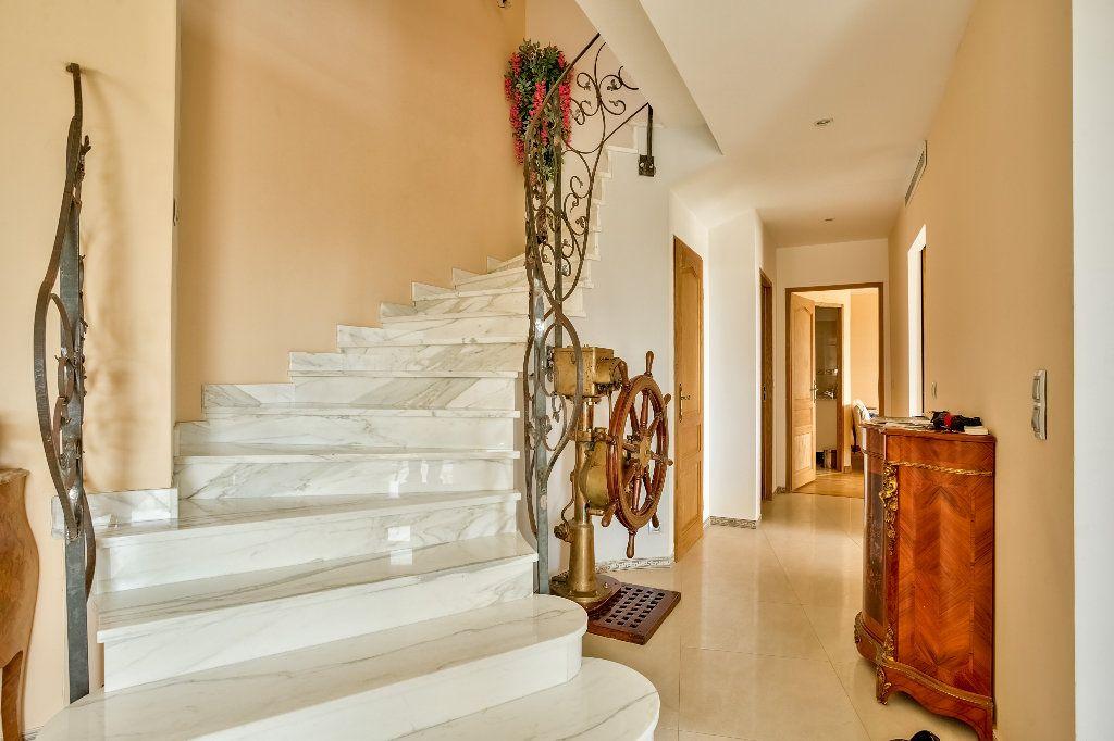 Maison à vendre 6 240m2 à Mandelieu-la-Napoule vignette-15