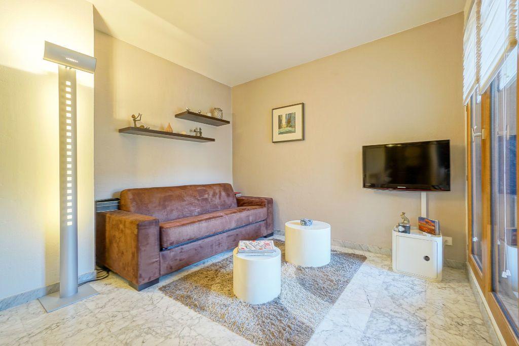 Appartement à louer 1 26.87m2 à Mandelieu-la-Napoule vignette-3