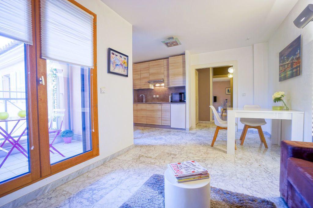 Appartement à louer 1 26.87m2 à Mandelieu-la-Napoule vignette-5