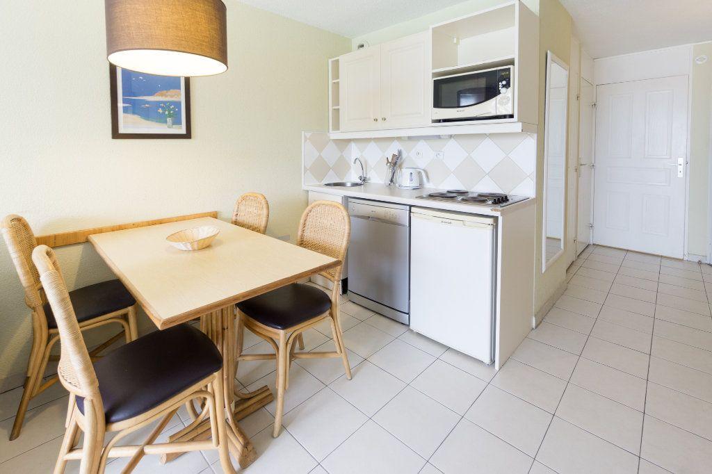 Appartement à louer 2 30.93m2 à Théoule-sur-Mer vignette-7