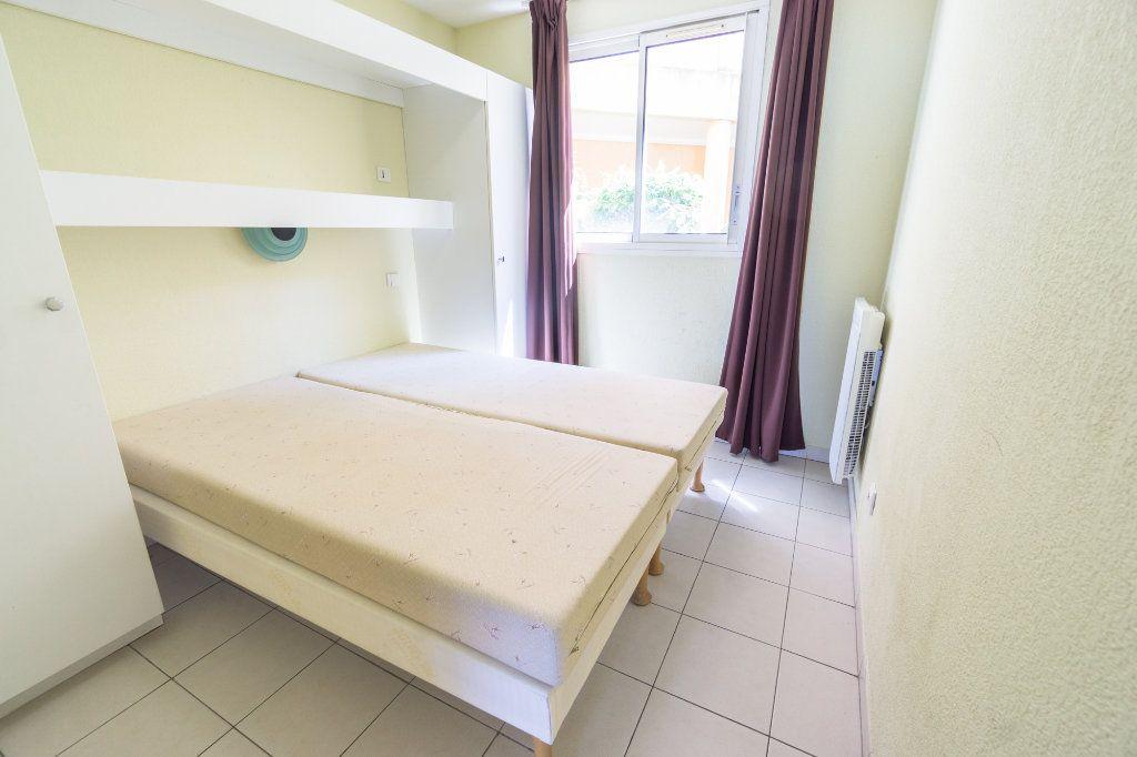 Appartement à louer 2 30.93m2 à Théoule-sur-Mer vignette-9