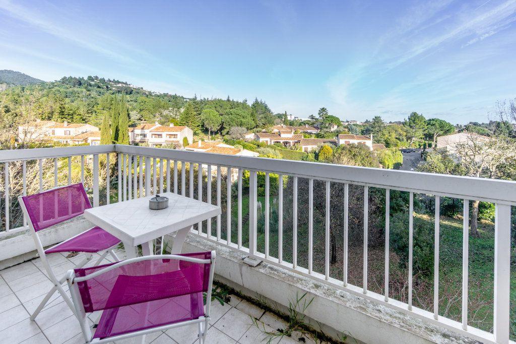 Appartement à louer 1 24.08m2 à Mandelieu-la-Napoule vignette-8